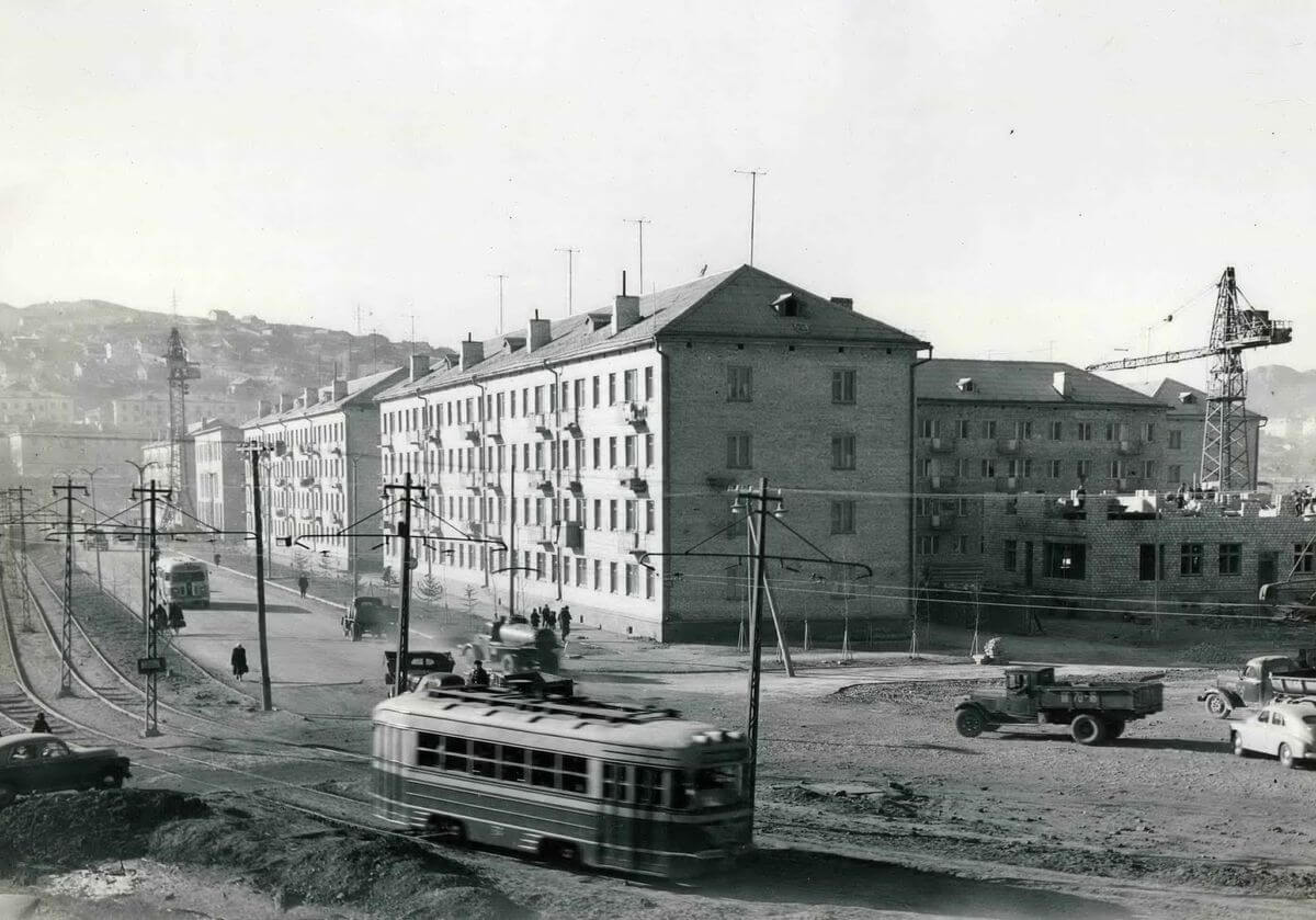 Строительство новых жилых домов по улице Спортивная. 1959 год.