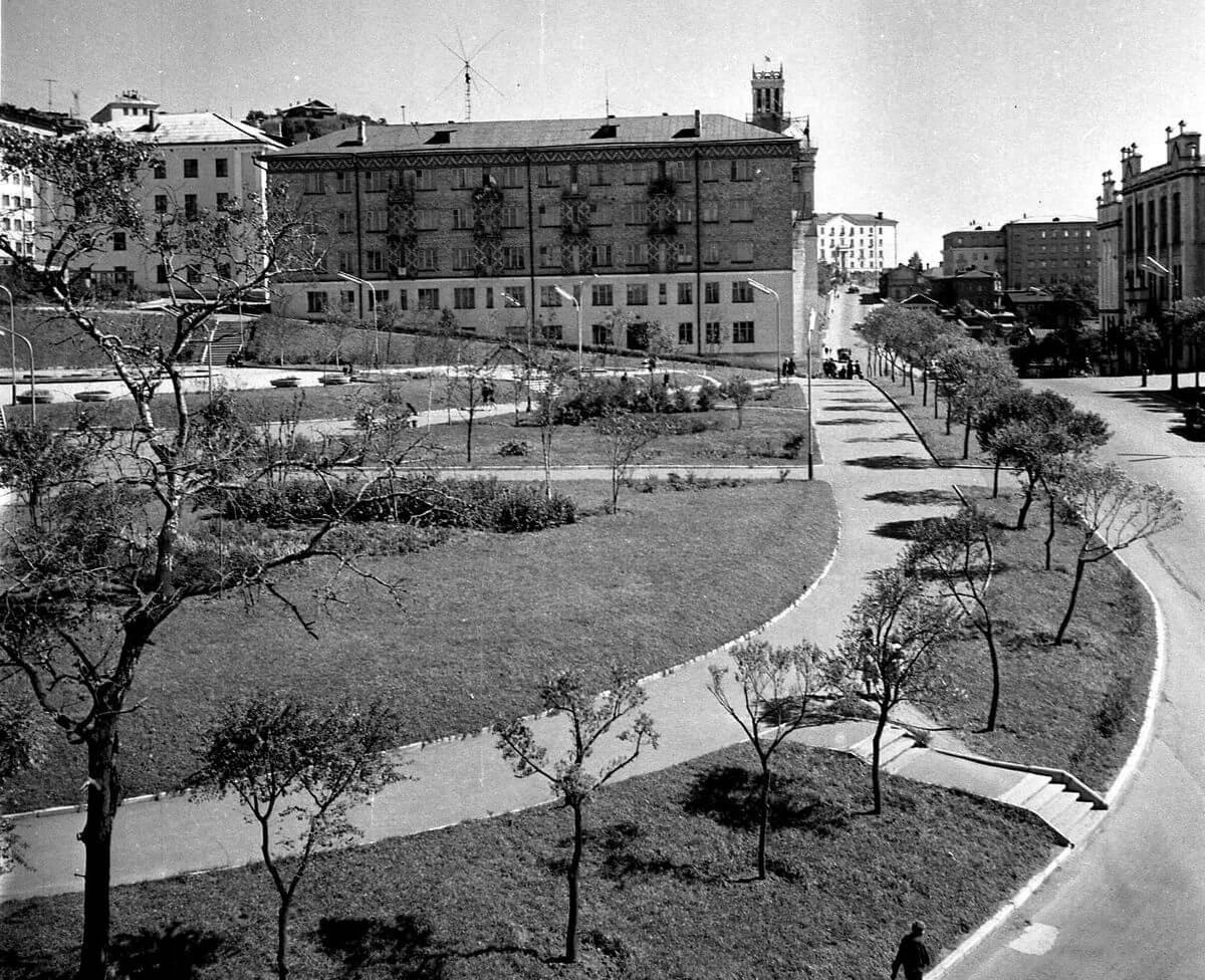 Улица Суханова. 1966 год.