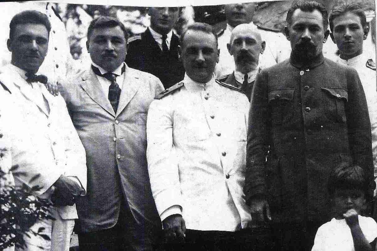 Участники белого движения в Приморье:  (слева направо) В.П. Разумов, Н.Д. Меркулов, Г.К. Старк и С.Д. Меркулов