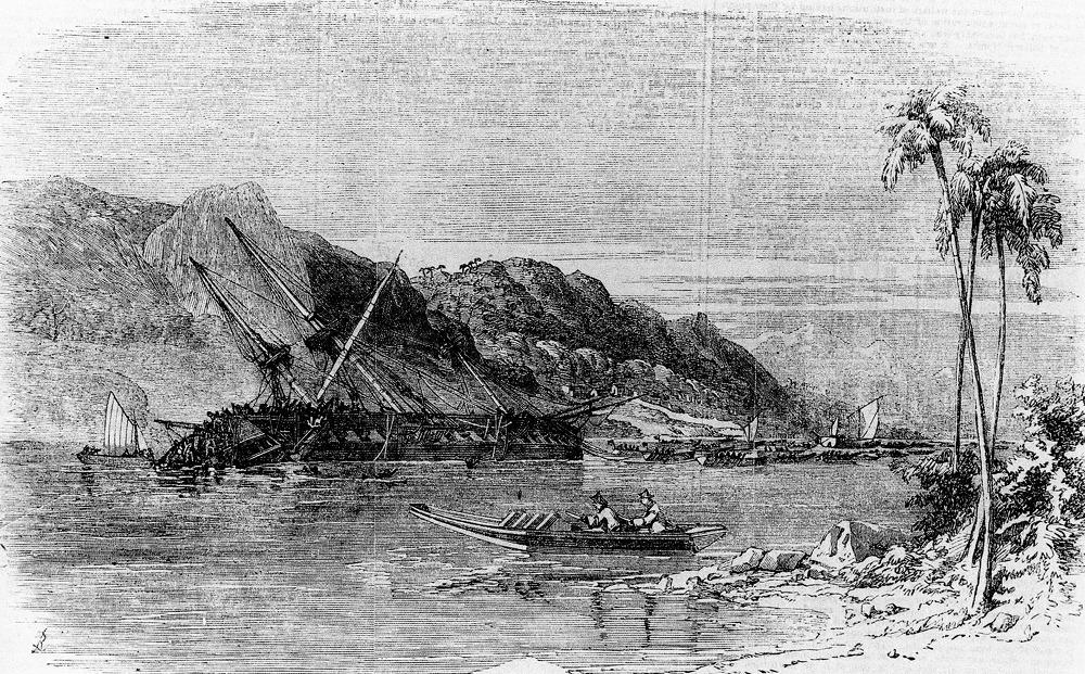Затонувший фрегат «Диана» и шхуна «Хеда».  на которой в 1855 году Е. В. Путятин с капитаном 2-го ранга К. Н. Посьетом добрались из Японии до  России.
